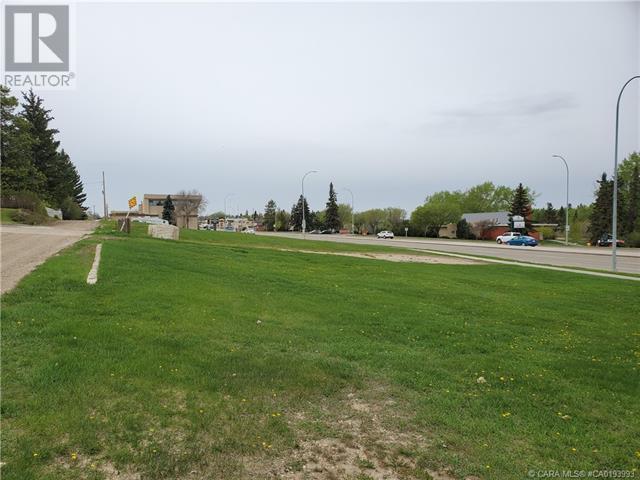 5403 48 Avenue, Camrose, Alberta  T4V 0J6 - Photo 4 - CA0193993