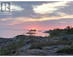 B491 WINDY Island