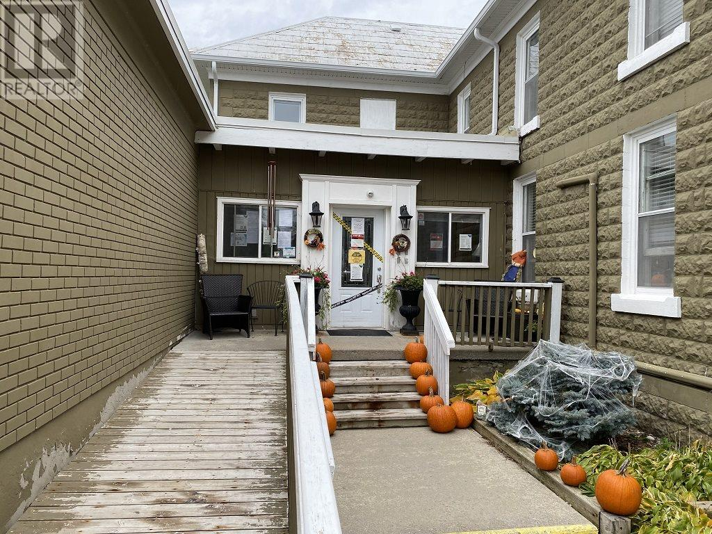 138 Main St, Seeley's Bay, Ontario  K0H 2N0 - Photo 2 - K20006739