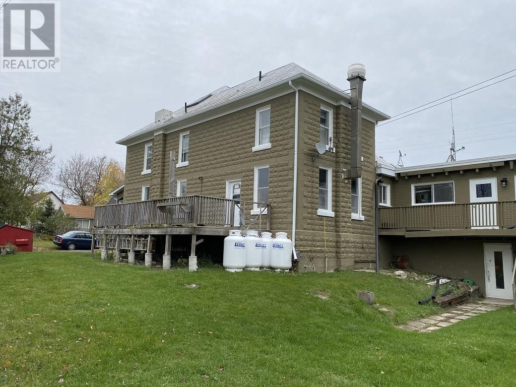 138 Main St, Seeley's Bay, Ontario  K0H 2N0 - Photo 4 - K20006739