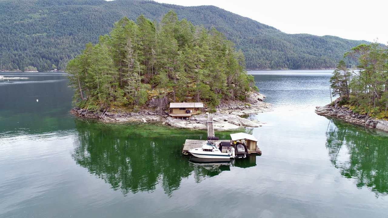 Dragonfly Island, Sechelt, British Columbia  V0V 0V0 - Photo 3 - R2382054