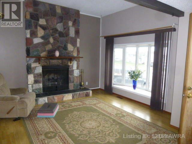 10334 Hoppe Ave, Grande Cache, Alberta  T0E 0Y0 - Photo 15 - AW52189