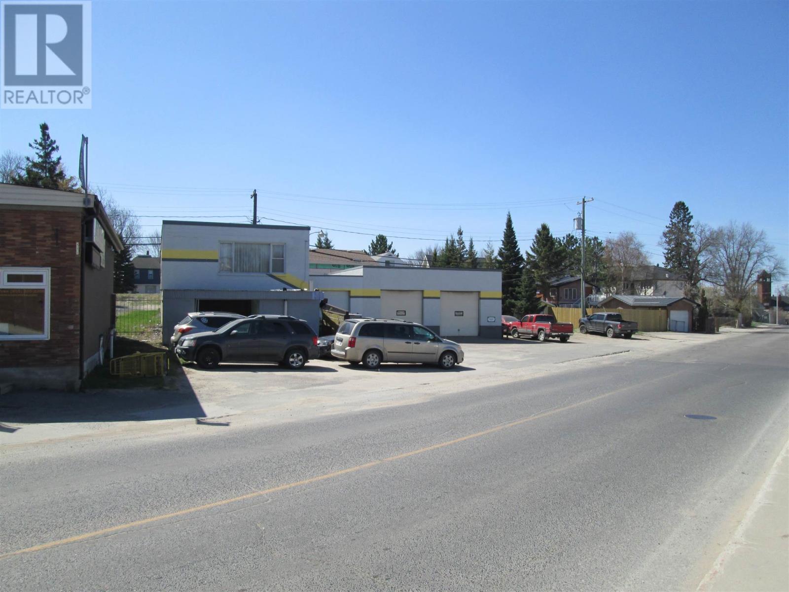 525 Park St, Kenora, Ontario  P9N 1A3 - Photo 2 - TB181394