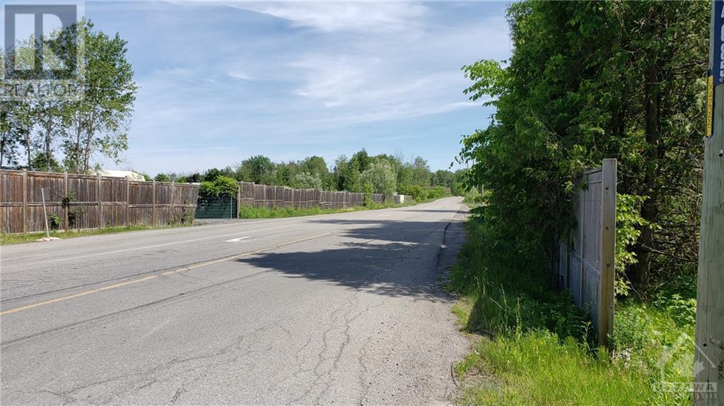 2500 Leitrim Road, Ottawa, Ontario  K1T 3V3 - Photo 11 - 1221905