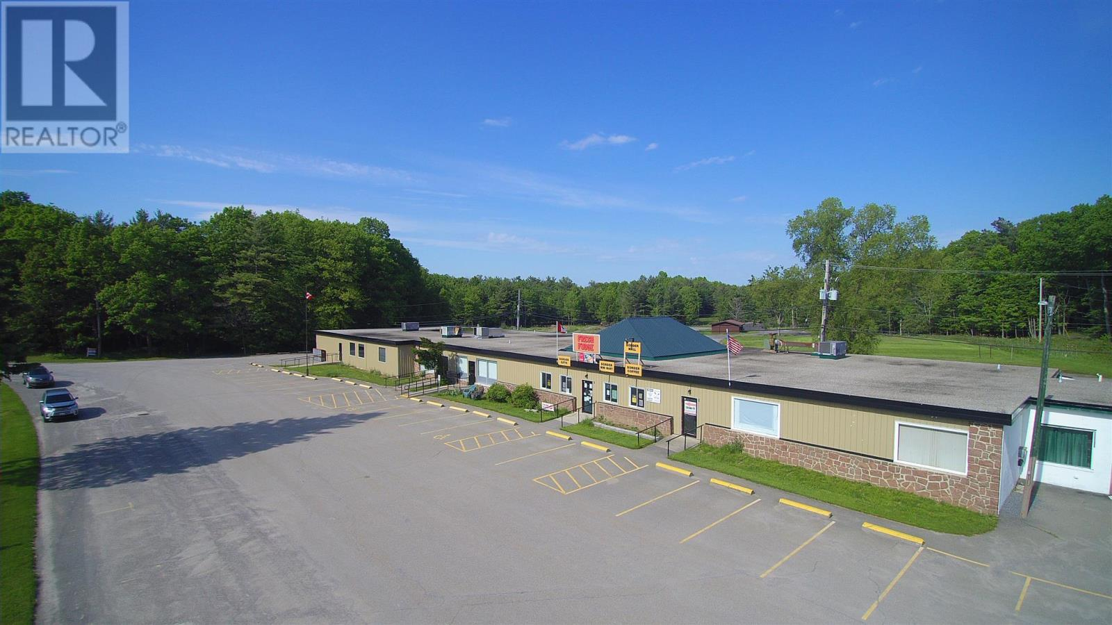 666 Highway 137, Lansdowne, Ontario  K0E 1L0 - Photo 2 - K20002916