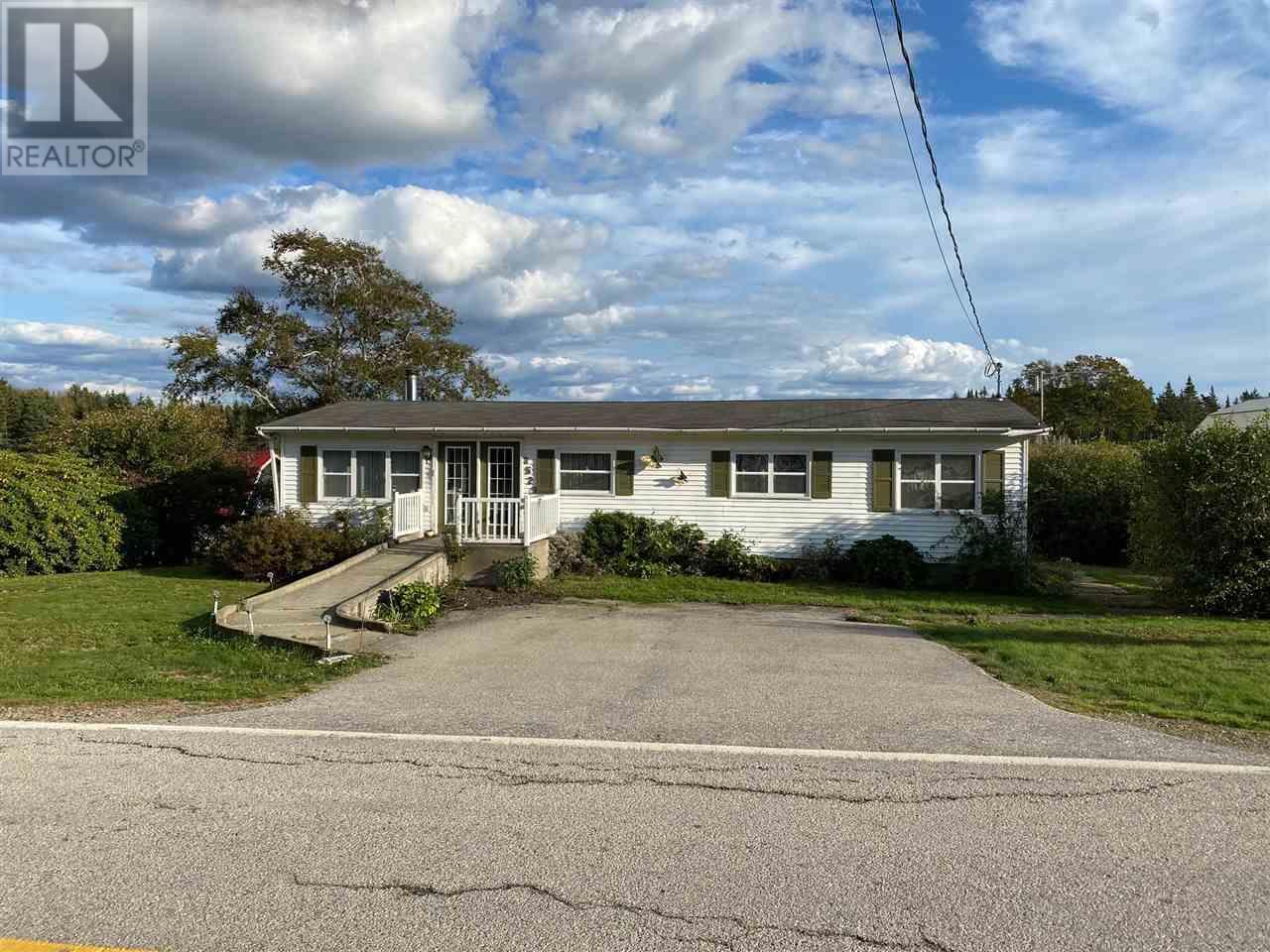 3526 Highway 203, East Kemptville, Nova Scotia  B5A 5P6 - Photo 1 - 202012645