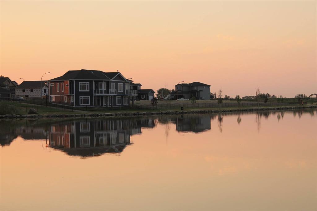 19 Lakes Estates  Circle, Strathmore, Alberta  T1P 0B7 - Photo 7 - A1028408