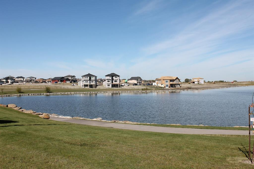 19 Lakes Estates  Circle, Strathmore, Alberta  T1P 0B7 - Photo 3 - A1028408