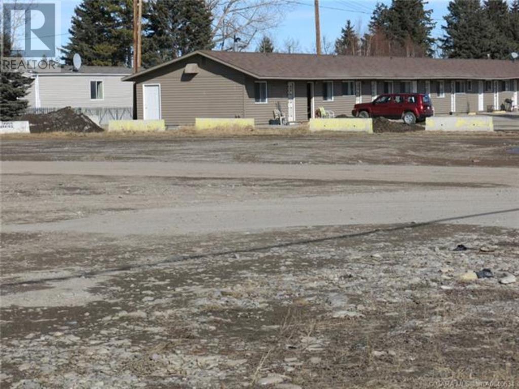 556 Main Avenue W, Sundre, Alberta  T0M 1X0 - Photo 14 - A1059004