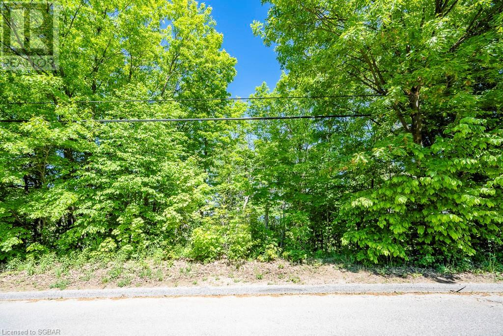 92 Shanahan Road, Penetanguishene, Ontario  L9M 1P1 - Photo 2 - 40060548