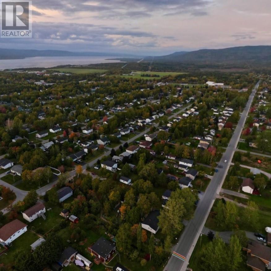 40 Pike Street, Pasadena, Newfoundland & Labrador  A0L 1K0 - Photo 4 - 1225932