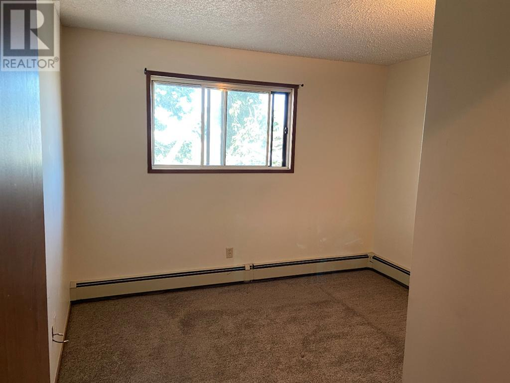 208, 85 Foxbend Crescent N, Lethbridge, Alberta  T1H 5T4 - Photo 6 - A1031158
