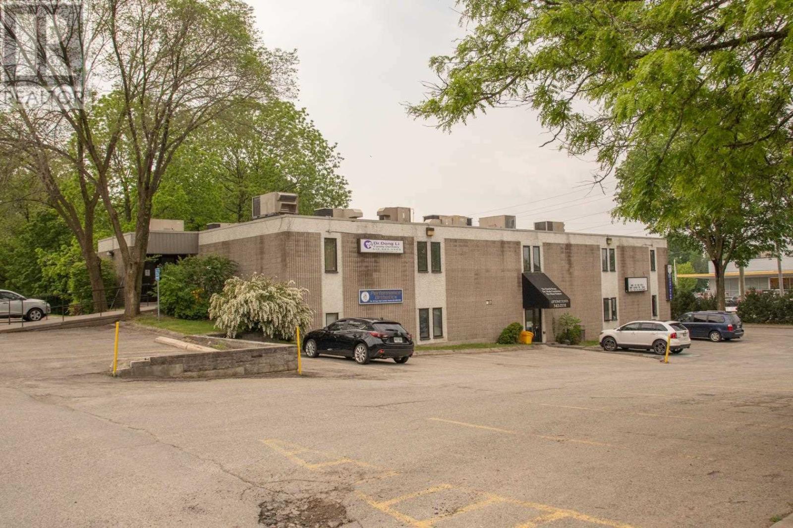 309 Park St # 203, Brockville, Ontario  K6V 6E5 - Photo 1 - K21000942