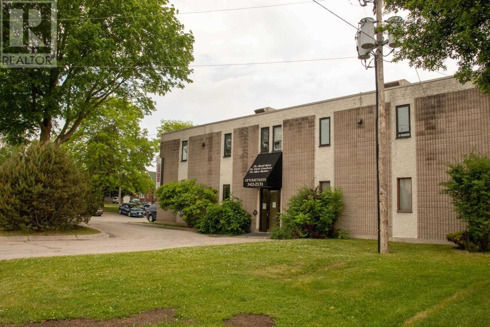 309 Park St # 203, Brockville, Ontario  K6V 6E5 - Photo 2 - K21000942
