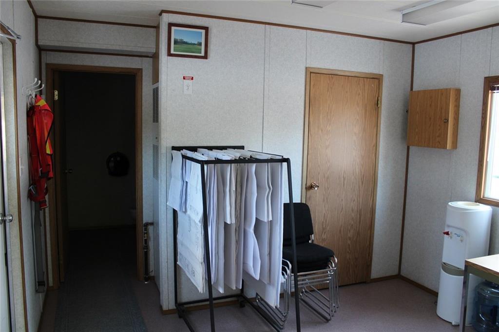 32351 Range Rd 55 Sundre, Rural Mountain View County, Alberta  T0M 1X0 - Photo 8 - C4278509