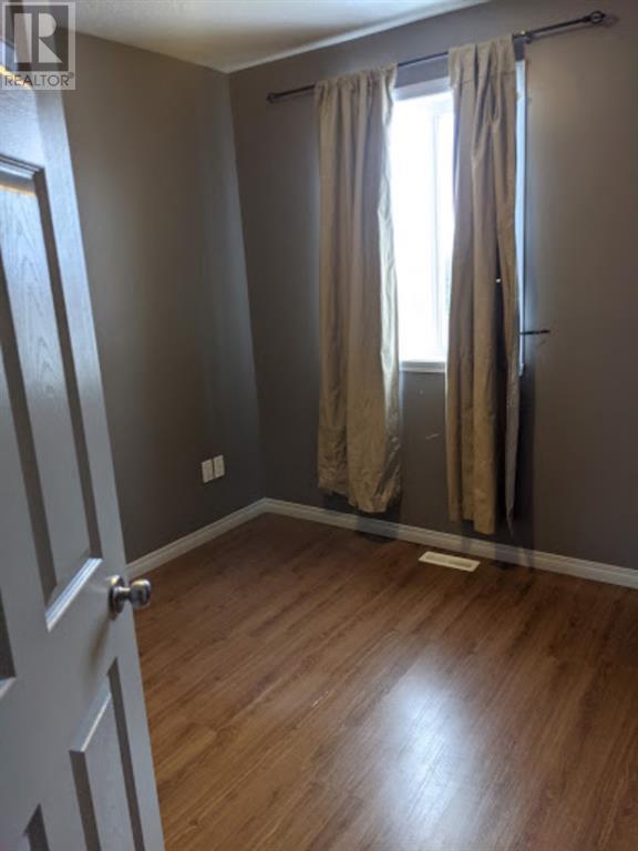Property Image 9 for 301 1st SE