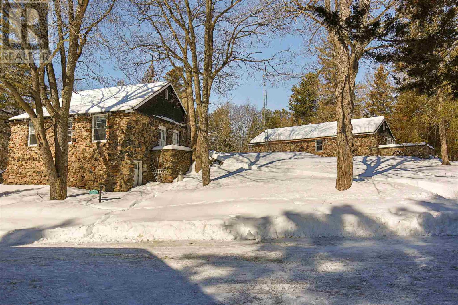 2585 Bolingbroke Rd, Tay Valley Twp, Ontario  K0H 2B0 - Photo 46 - K21001120