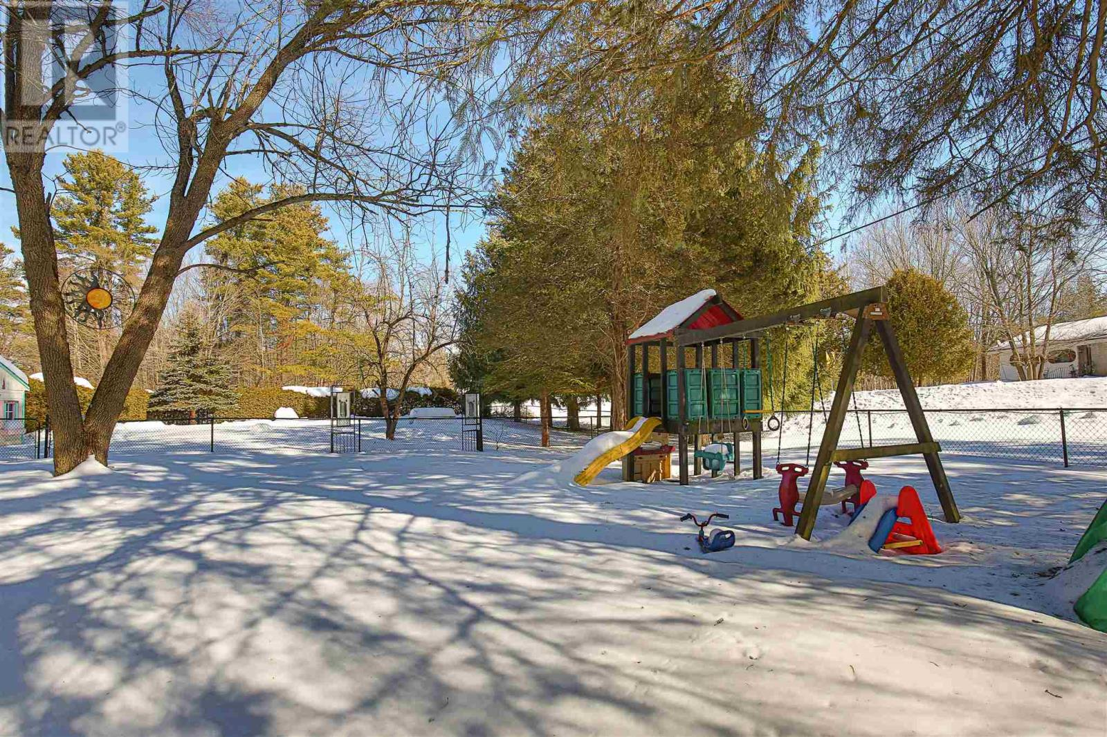 2585 Bolingbroke Rd, Tay Valley Twp, Ontario  K0H 2B0 - Photo 50 - K21001124