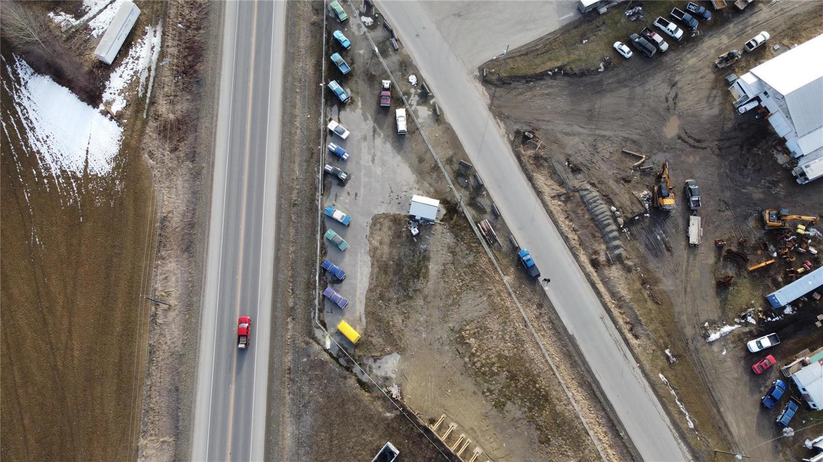 1310 Trans Canada Highway,, Sicamous, British Columbia  V0E 2V1 - Photo 12 - 10225863