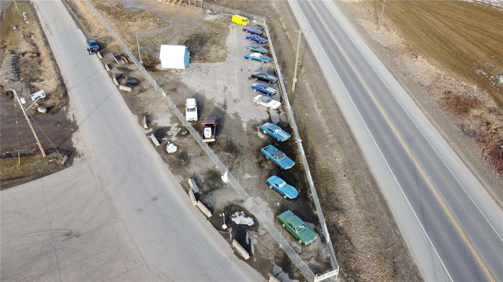 1310 Trans Canada Highway,, Sicamous, British Columbia  V0E 2V1 - Photo 9 - 10225863