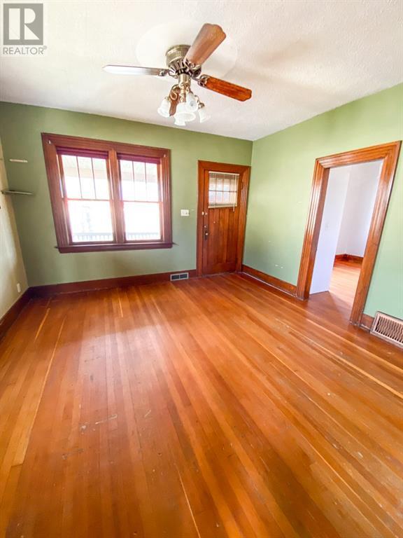 Property Image 7 for 117 1st Ave SE