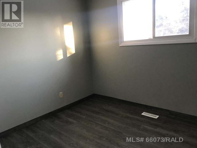 1013 17th Avenue, Wainwright, Alberta  T9W 1K3 - Photo 7 - A1079740