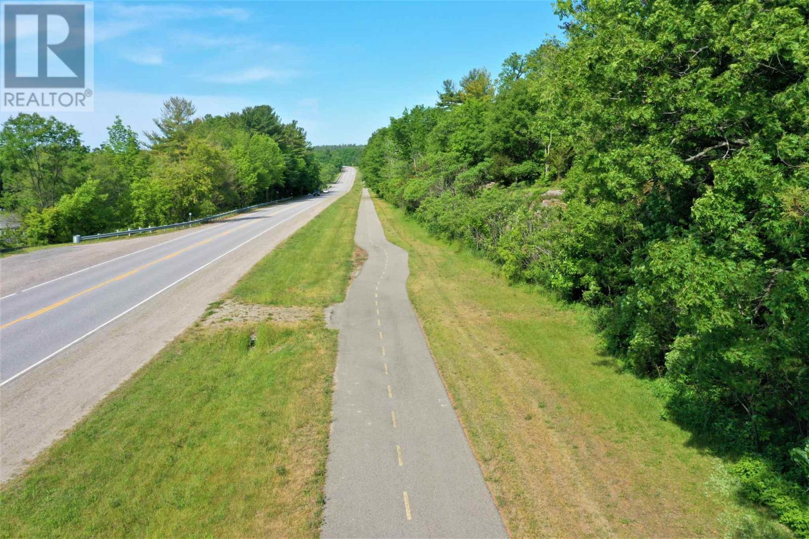 794 1000 Islands Parkway, Leeds & The Thousand Islands, Ontario  K0E 1R0 - Photo 2 - K21001100