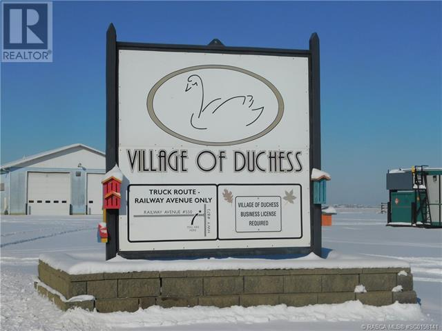 400 Howe Avenue E, Duchess, Alberta  T0J 0Z0 - Photo 2 - SC0158141