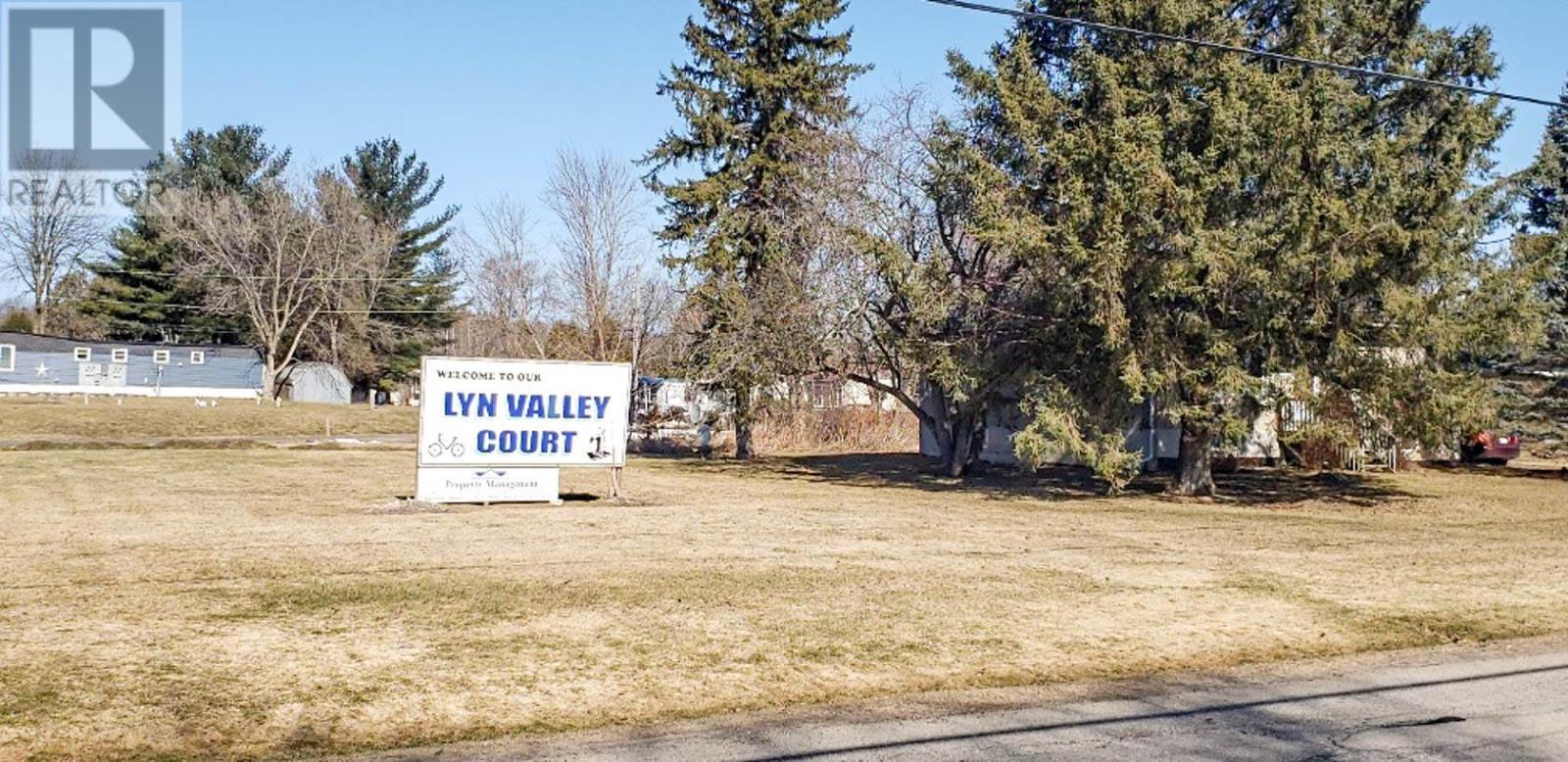 72 Main St, Lyn, Ontario  K0E 1M0 - Photo 2 - K21001458