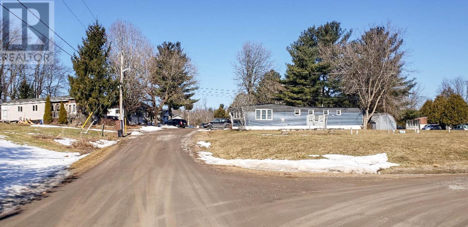 72 Main St, Lyn, Ontario  K0E 1M0 - Photo 6 - K21001458