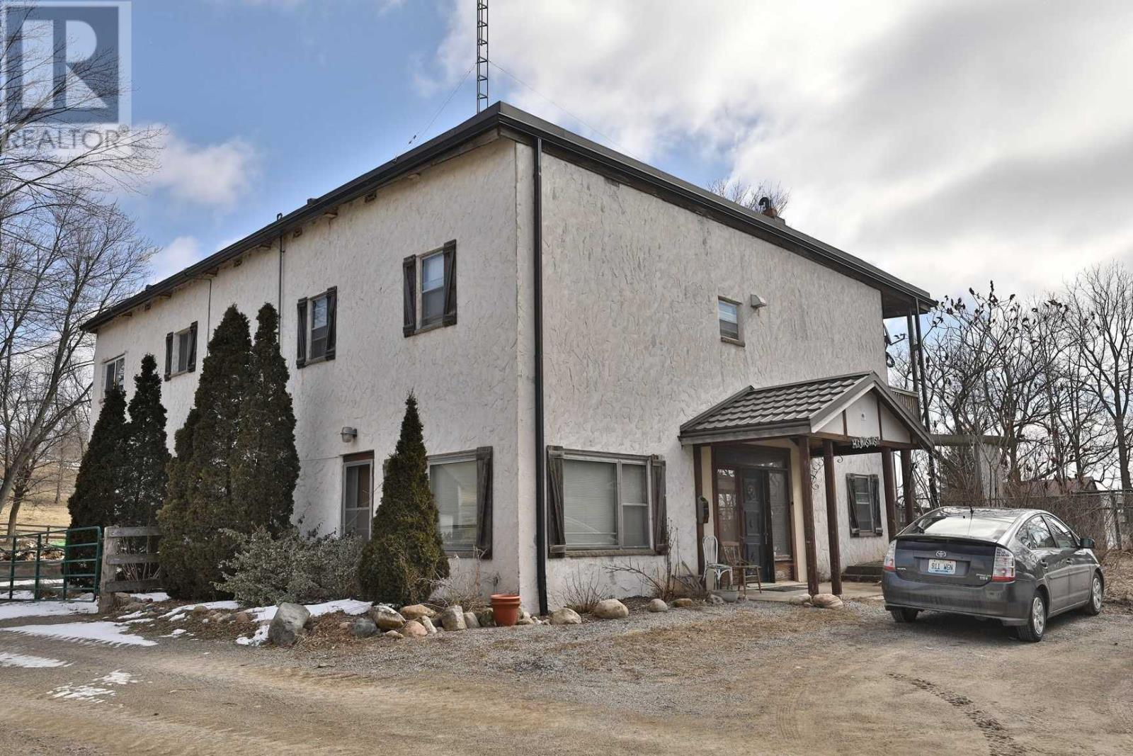1694 Centre Rd, Hamilton, Ontario  L8N 2Z7 - Photo 4 - X4656402
