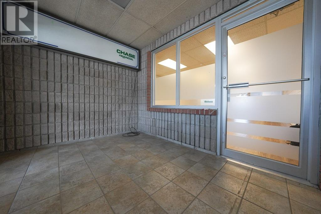 1786 Bath Rd # 10, Kingston, Ontario  K7M 4Y2 - Photo 3 - K21001223
