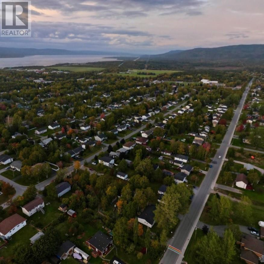 11 Pike Street, Pasadena, Newfoundland & Labrador  A0L 1K0 - Photo 5 - 1225892
