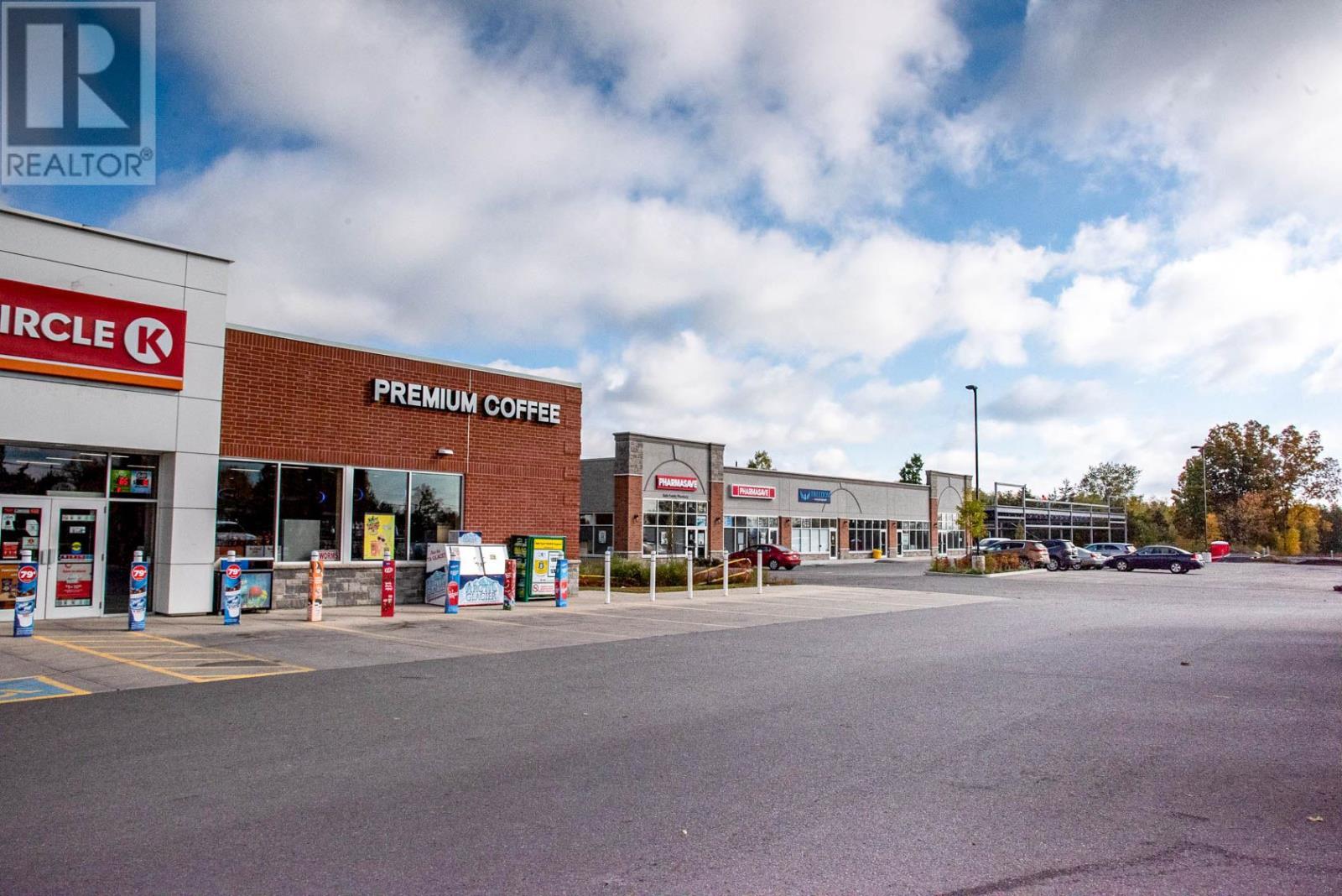 216 Main St # 1-2, Bath, Ontario  K0H 1G0 - Photo 4 - K21001570