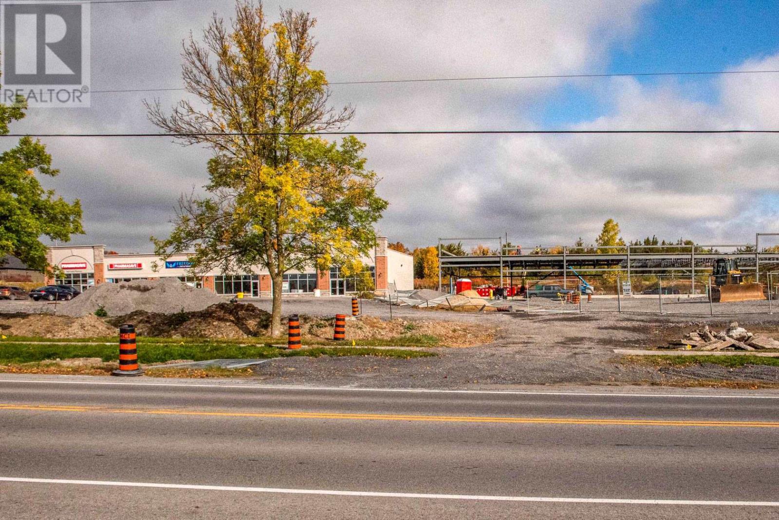 216 Main St # 1-2, Bath, Ontario  K0H 1G0 - Photo 5 - K21001570