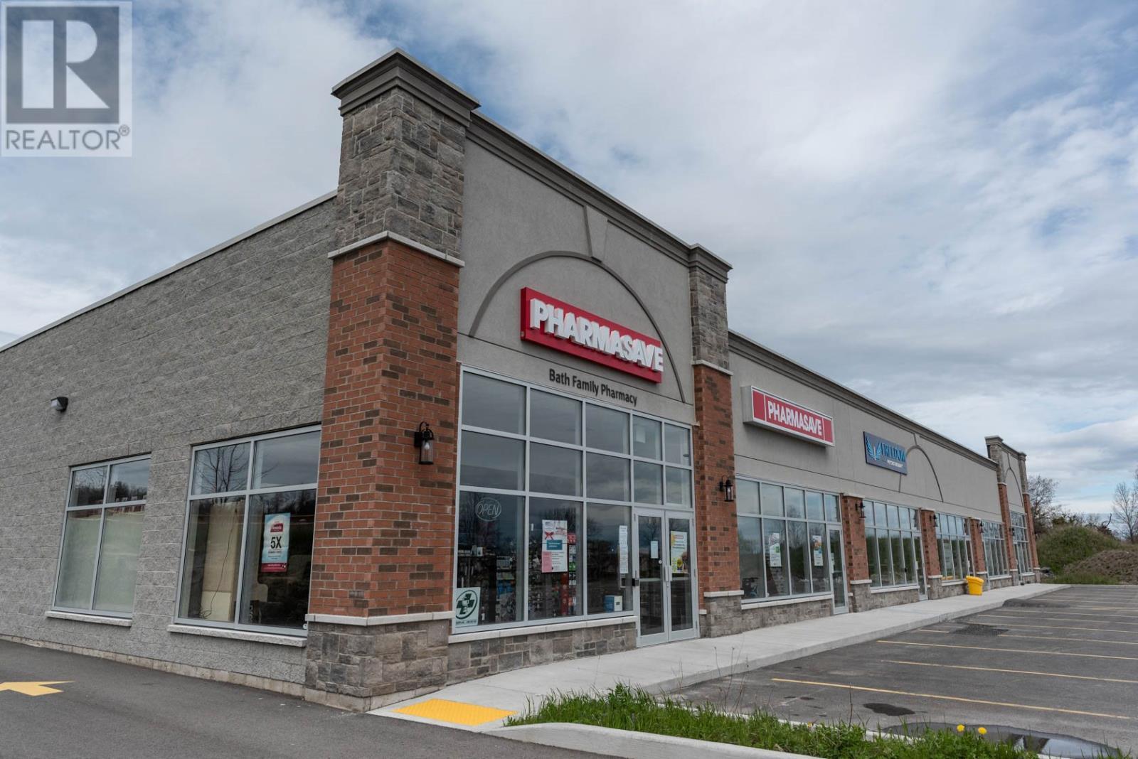 216 Main St # 1-5, Bath, Ontario  K0H 1G0 - Photo 3 - K21001572