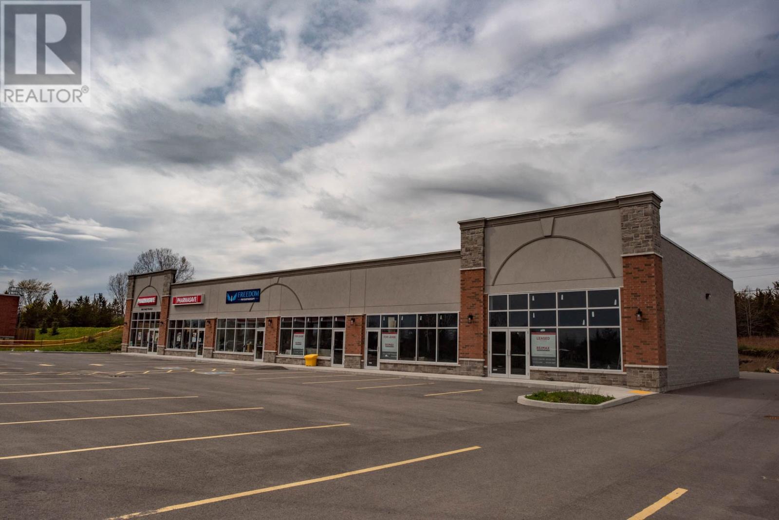 216 Main St # 1-5, Bath, Ontario  K0H 1G0 - Photo 4 - K21001572
