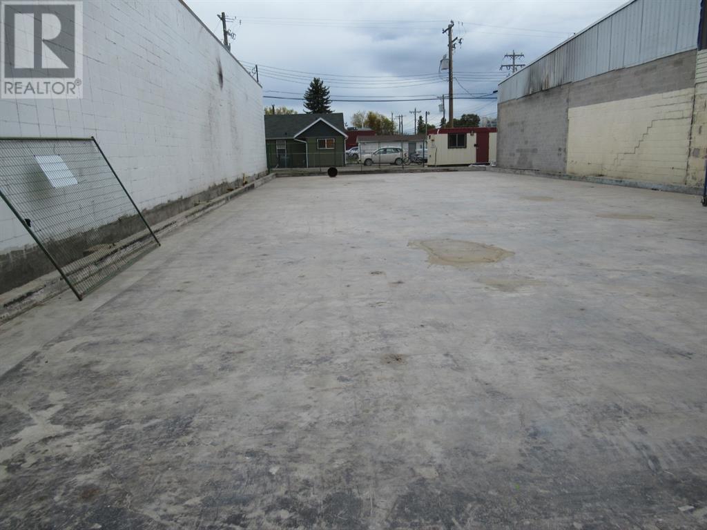 5106 50  Street, Whitecourt, Alberta  T7S 1V4 - Photo 1 - A1037063
