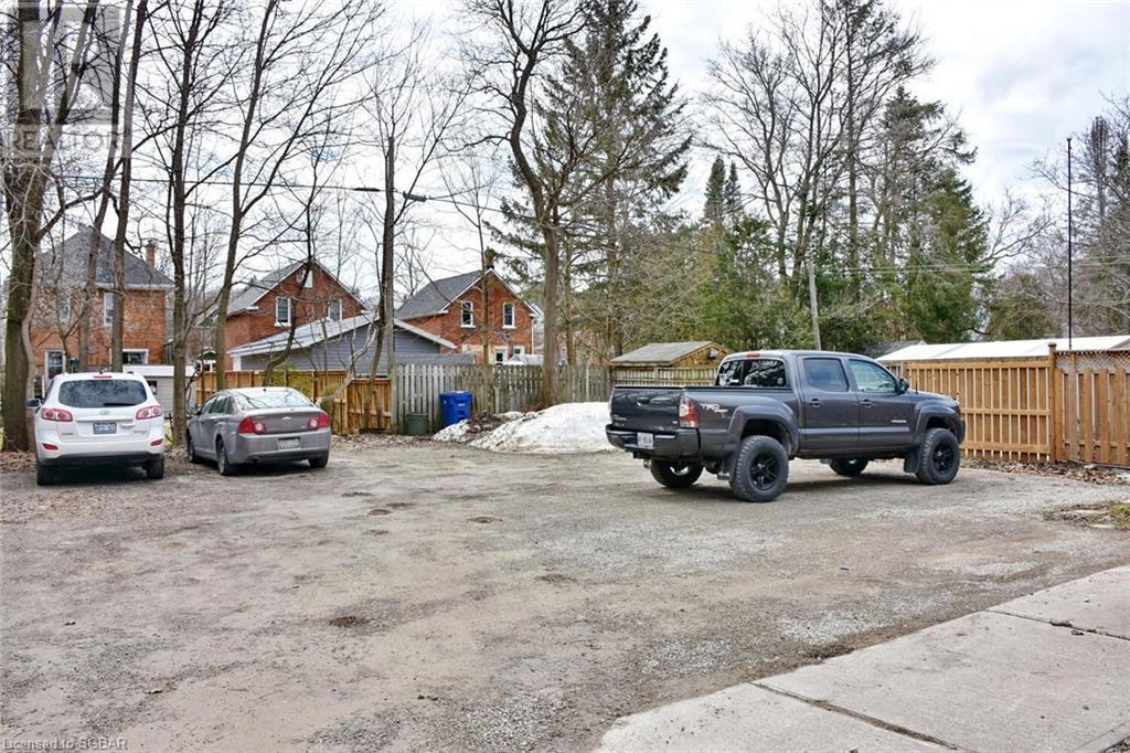 439 14th Street W, Owen Sound, Ontario  N4K 3Y1 - Photo 3 - 40085913
