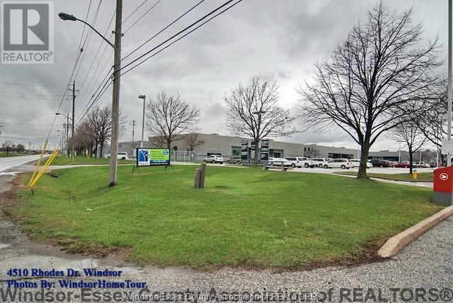 4510 Rhodes Unit# 210, Windsor, Ontario  N8X 5K5 - Photo 2 - 21004046