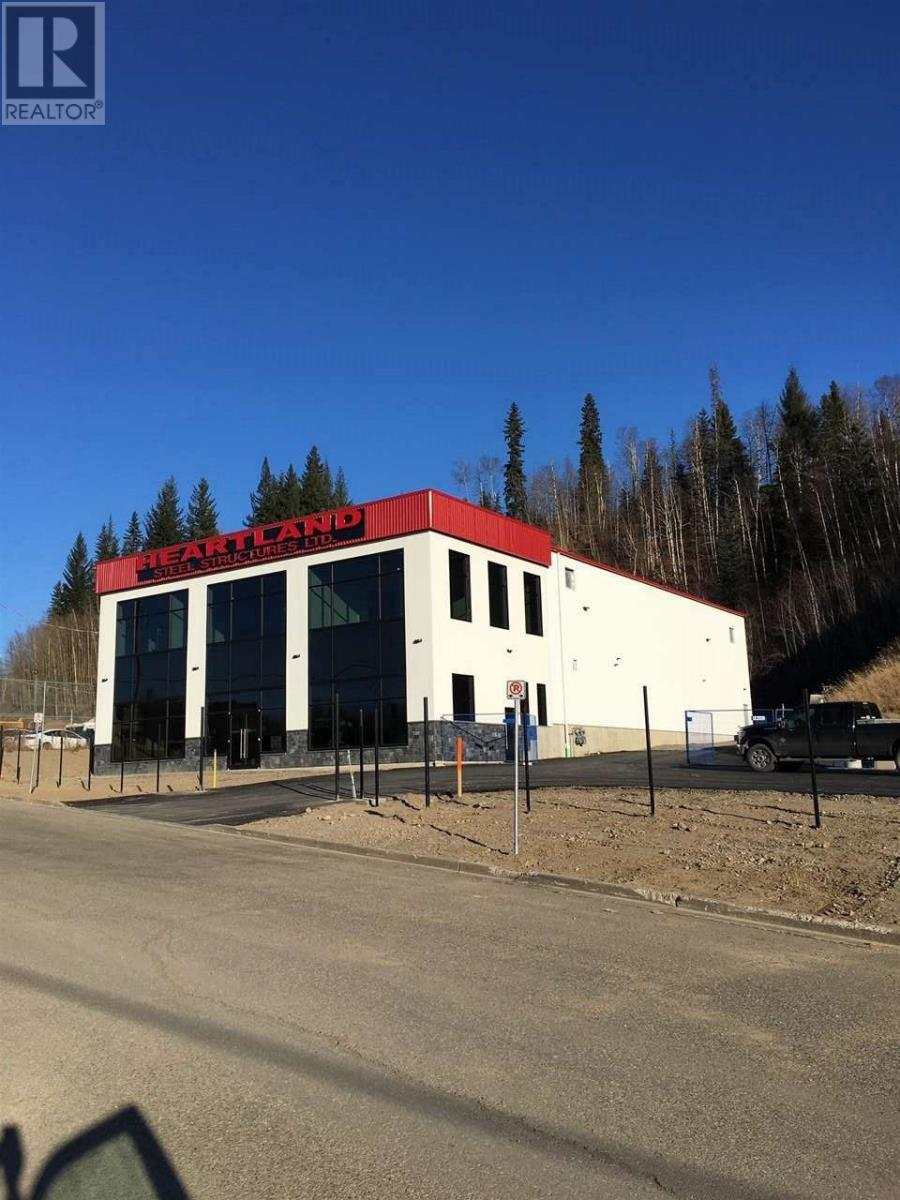 Pg City North (Zone 73) Industrial for sale:   9,750 sq.ft. (Listed 2021-04-09)
