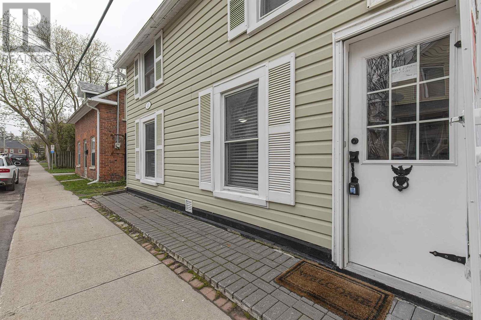 40 Elm St, Kingston, Ontario  K7K 1M9 - Photo 1 - K21001743