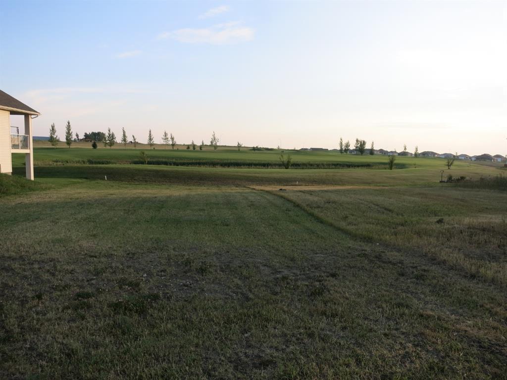 513   Whispering Greens Avenue, Vulcan, Alberta  T0L 2B0 - Photo 2 - A1096904