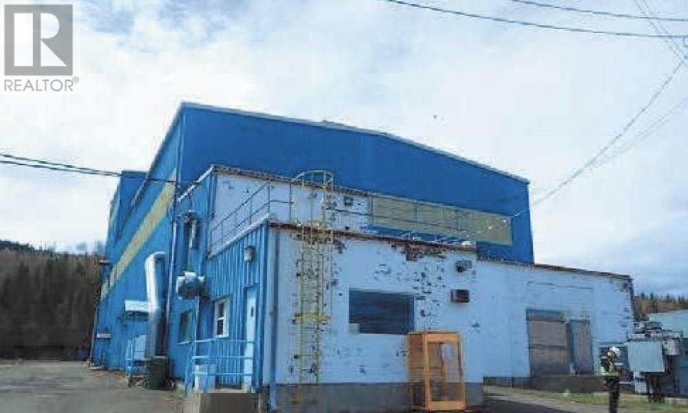 600 Queen St, Dalhousie, New Brunswick  E8C 2G6 - Photo 1 - M134343