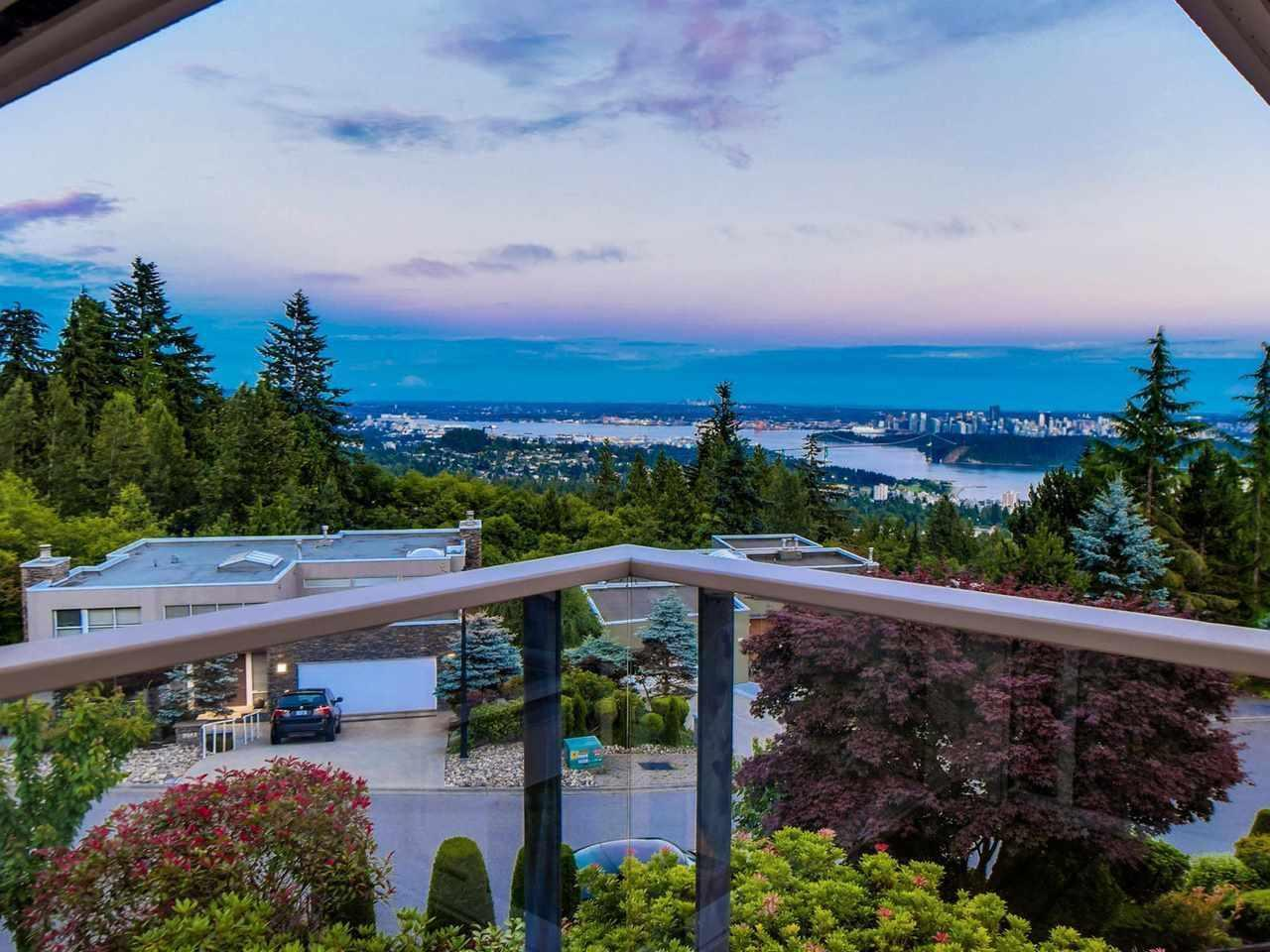 2582 Westhill Close, West Vancouver, British Columbia  V7S 3E4 - Photo 2 - R2572839