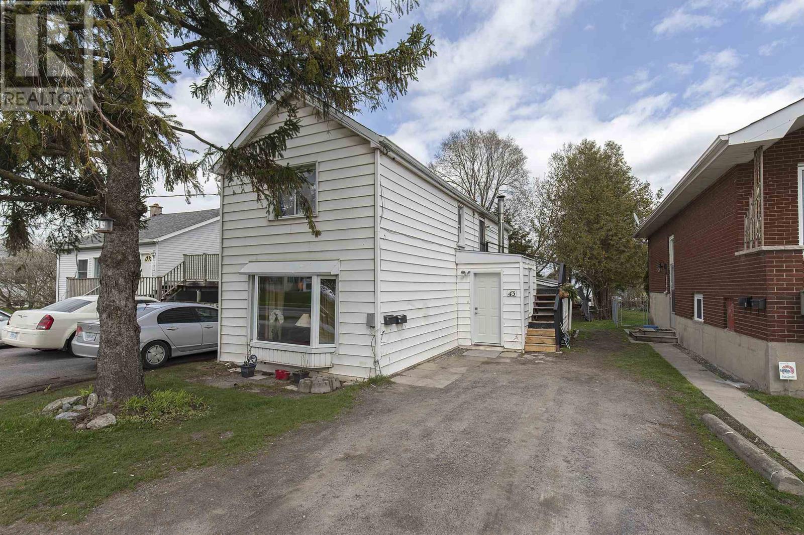 43 Portsmouth Ave, Kingston, Ontario  K7M 1V3 - Photo 1 - K21002488