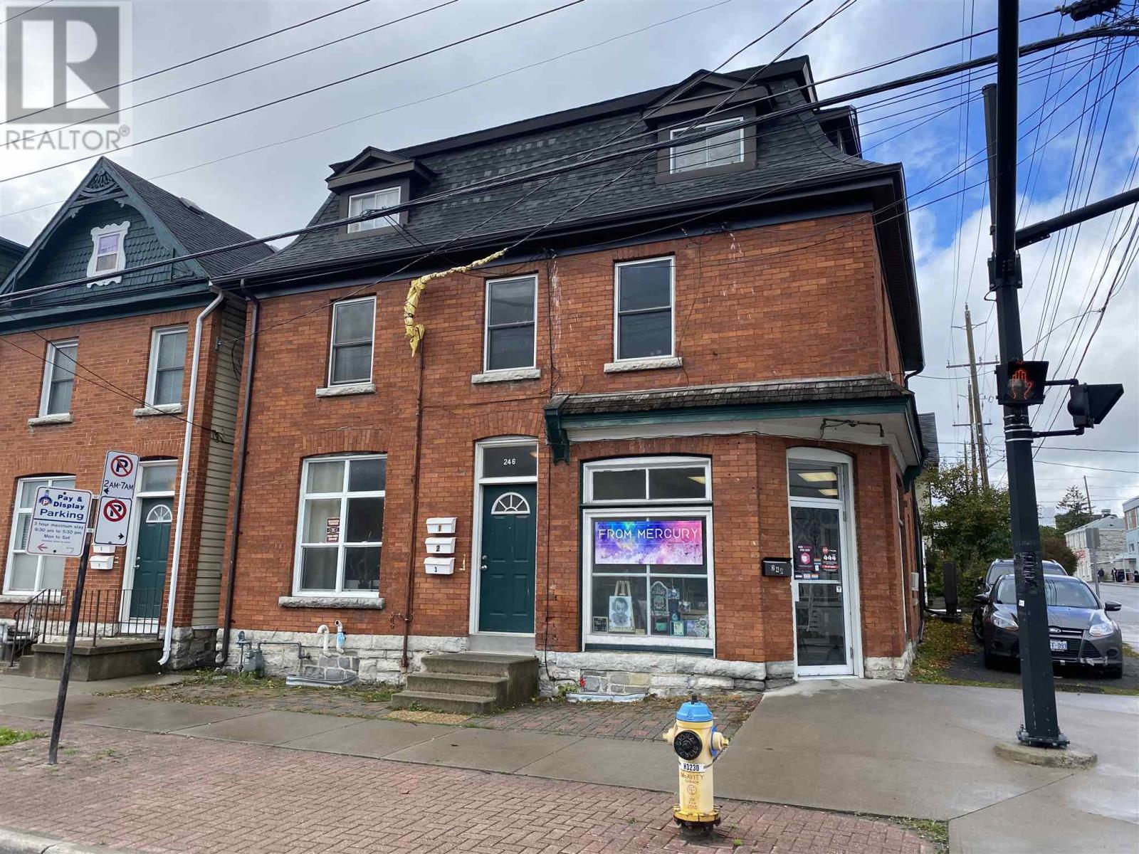 246-248 Wellington St, Kingston, Ontario  K7K 2Y8 - Photo 1 - K21000394