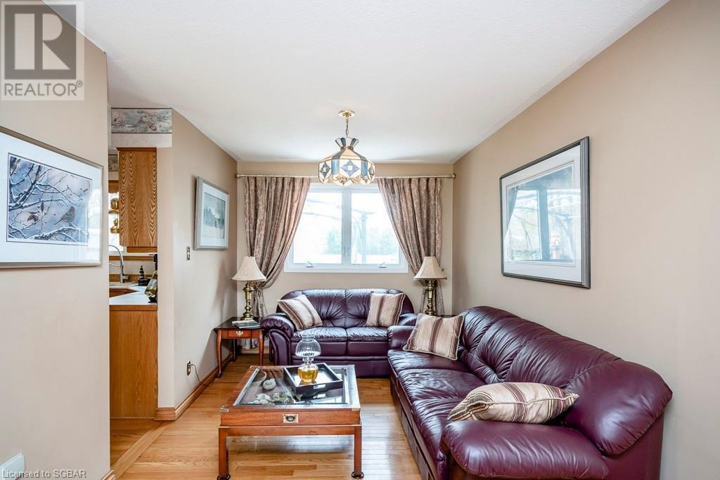 15 Mckenzie Street, Wyevale, Ontario  L0L 2T0 - Photo 6 - 40101475