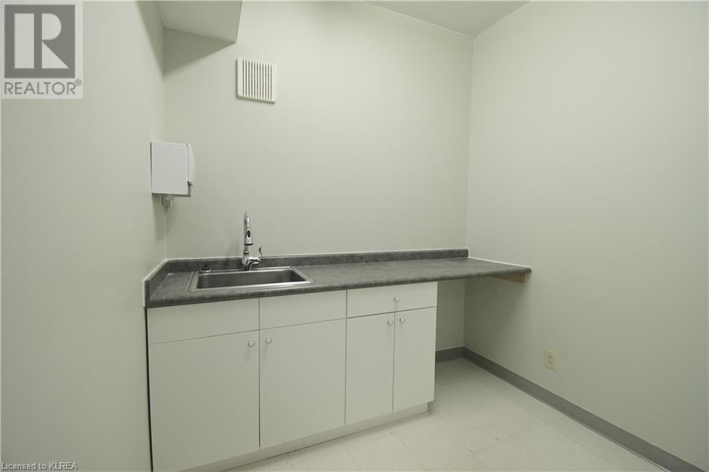 55 Mary Street Unit# 112, Lindsay, Ontario  K9V 5Z6 - Photo 9 - 40100037