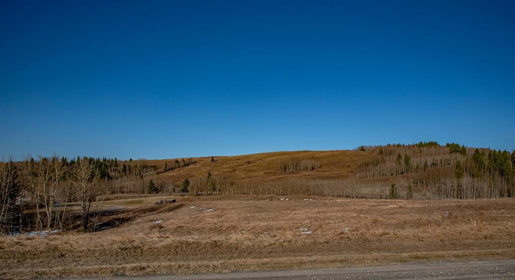 260080 Glenbow Road, Rural Rocky View County, Alberta  T4C 1A3 - Photo 9 - A1100979